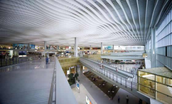 032Hong-Kong-International-Airport
