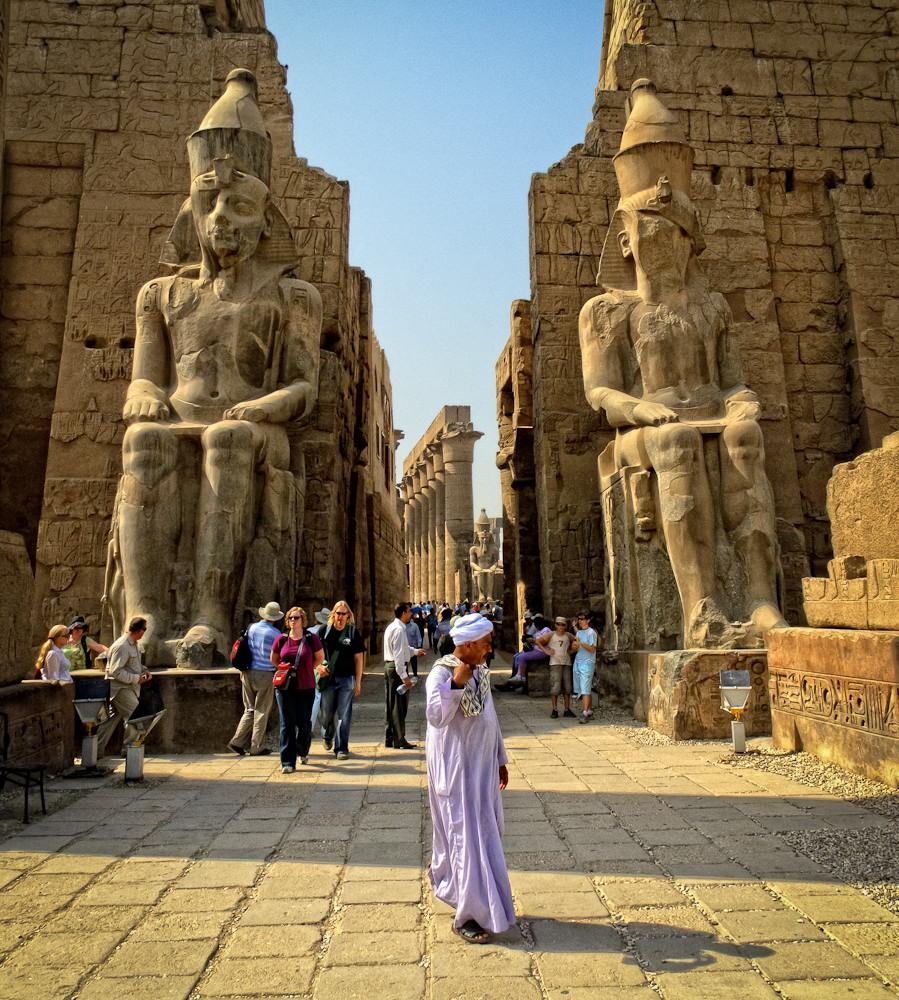 7. Luxor Templ