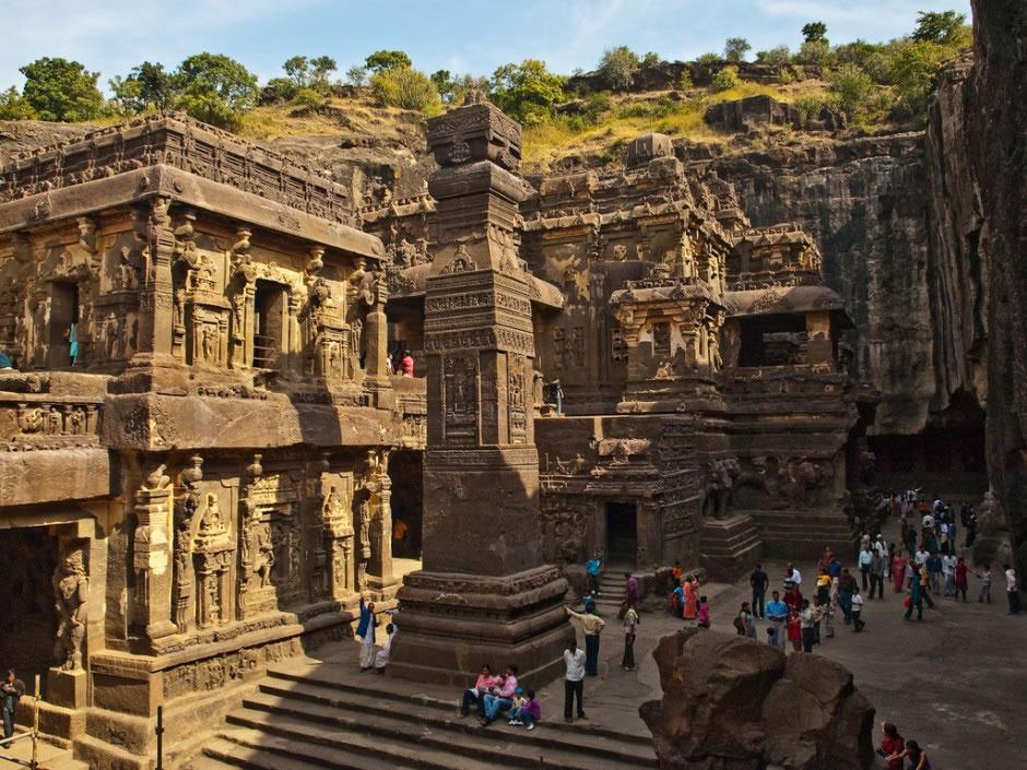 Ellora-Maharashtra-India-940x705