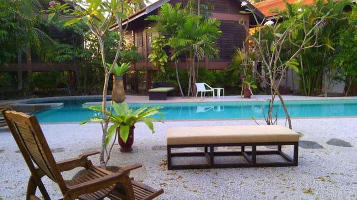 panji-panji-tropical-wooden-home-langkawi-1