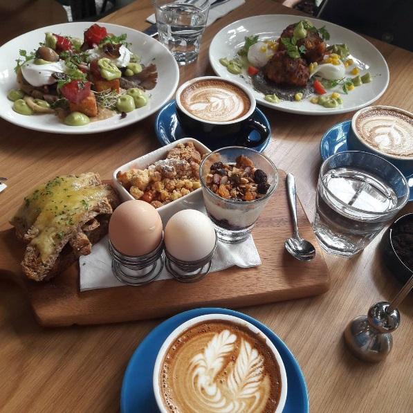 breakfast-thieves05